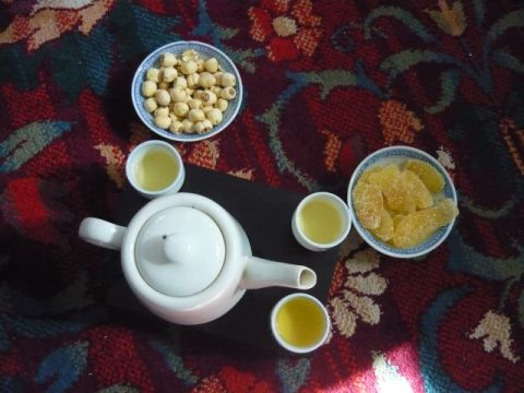 Traditional Hue-style tea with ginger preserves